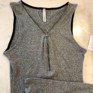 Slim Fit Gray Rib Knit Dress! NWT! Large